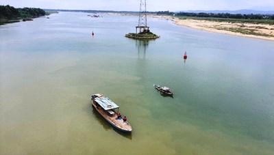 Quảng Nam: Thanh niên nhảy cầu Giao Thủy tự vẫn