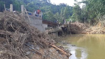 Quảng Nam: Tập trung khắc phục sạt lở trên tuyến đường biên giới