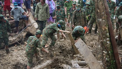 Thêm 2 nạn nhân được tìm thấy trong vụ sạt lở ở Phước Lộc