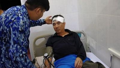 Quảng Nam: Cứu sống 7 thuyền viên của tàu hàng bị chìm, thuyền trưởng mất tích