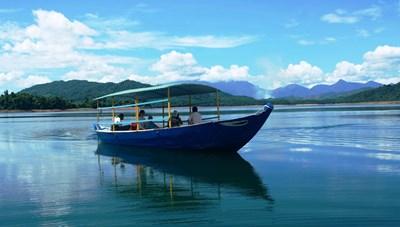 Quảng Nam: Hồ chứa nước Phú Ninh bắt đầu xả lũ điều tiết