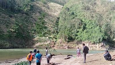 Quảng Nam: Phát hiện một thi thể người đàn ông dưới sông A Vương