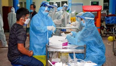TP Hồ Chí Minh: 24 giờ, ghi nhận 667 ca  nghi nhiễm Covid-19