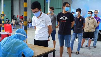 TP HCM: Đề phòng dịch bệnh Covid-19 bùng phát tại các khu công nghiệp