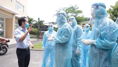Hơn 4.000 nhân viên y tế các tỉnh hỗ trợ TP HCM chống dịch