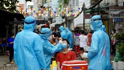 TP Hồ Chí Minh: Dịch bệnh đang 'đi ngang'