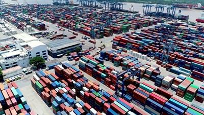 TP Hồ Chí Minh: Hàng hóa tồn đọng nhiều ở cảng Cát Lái