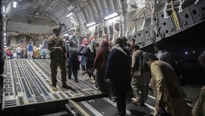 Hơn 24 giờ ở Kabul: Bạo lực, đau thương và lòng khoan dung còn sót lại