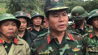 Trực thăng tham gia cứu hộ khu vực bị sạt lở, cô lập ở Quảng Trị