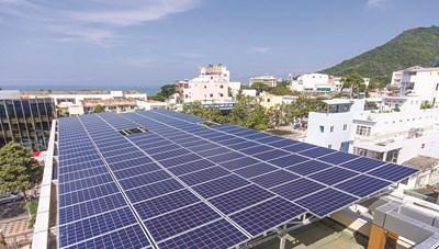 Công suất điện mặt trời áp mái tăng kỷ lục