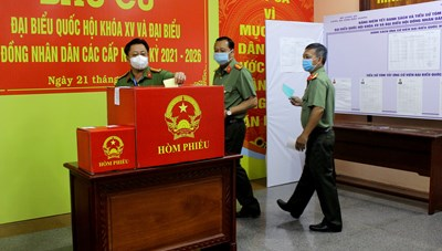 Hậu Giang: Tổ chức 10 khu vực bỏ phiếu sớm cho lực lượng vũ trang