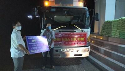 Bạc Liêu: Chuyến hàng thứ 2 đến tay bà con đồng hương tại TP Hồ Chí Minh, Đồng Nai, Bình Dương