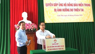 Cần Thơ: Quyên góp ủng hộ đồng bào miền Trung được gần 950 triệu