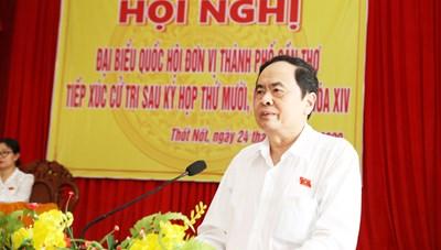 Chủ tịch Trần Thanh Mẫn tiếp xúc cử tri tại TP Cần Thơ