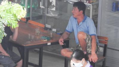 Đà Nẵng: Nhà trưởng khu chung cư đe dọa tổ Covid-19 cộng đồng