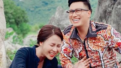 Việt Anh đau đầu vì tạo hình đồng bóng trong 'Hướng dương ngược nắng'