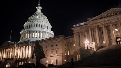 Hạ viện Mỹ thông qua Dự luật cứu trợ Covid-19 trị giá 1,9 nghìn tỷ USD