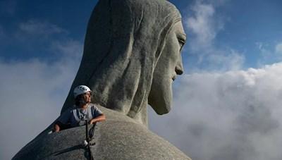 [ẢNH] Phục chế Tượng Chúa Cứu Thế ở Brazil