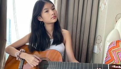 Sao Việt trong ngày: Bảo Tiên thích học Guitar vì có thể mang đàn đi mọi nơi