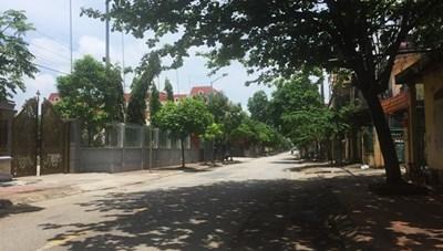 Thái Bình thực hiện giãn cách xã hội: Đường phố vắng vẻ, hàng quán đóng cửa