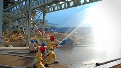 Cháy tại trạm cấp dầu thủy lực thuộc Khu gang thép Hòa Phát Dung Quất