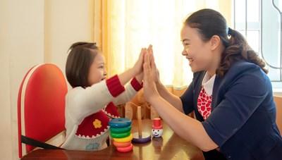 Cô giáo nặng lòng với học sinh tự kỷ, khuyết tật