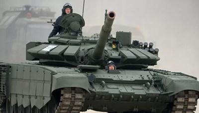 [VIDEO] Xe tăng T-72 Nga lặn xuống sông sâu 5 mét như tàu ngầm