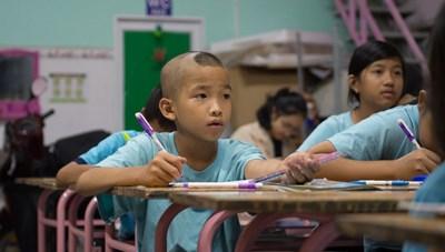 Lớp học 0 đồng, học trò là 'viên ngọc quý' của thầy ở TP HCM