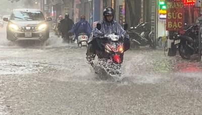 Chiều nay, Hà Nội tiếp tục đề phòng mưa lớn