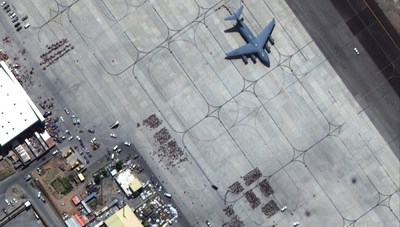 [VIDEO] Hình ảnh đầu tiên về vụ đánh bom ở sân bay Kabul