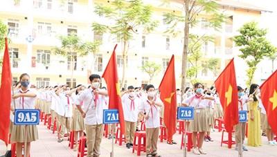 Hà Nội sẽ miễn giảm 50% học phí cả năm cho học sinh các cấp