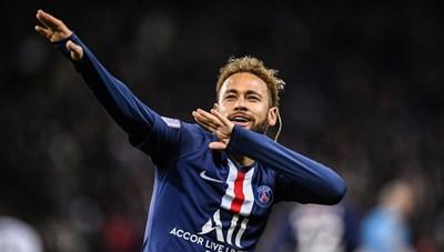 Chỉ cần 'ngoan', Neymar có ngay 'núi' tiền vào tài khoản