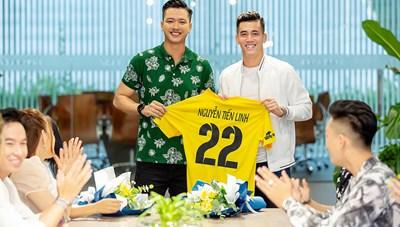 Cầu thủ Việt: Chuyên nghiệp vẫn còn xa