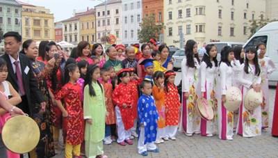 Người Việt trên đất Séc