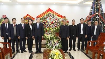 Chủ tịch Trần Thanh Mẫn chúc mừng Giáng sinh tại Tòa Giám mục Phát Diệm