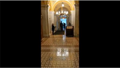 [VIDEO] Vali hạt nhân xuất hiện trong lễ nhậm chức của ông Biden