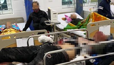 Ba học sinh bị thương do nổ pháo tự chế