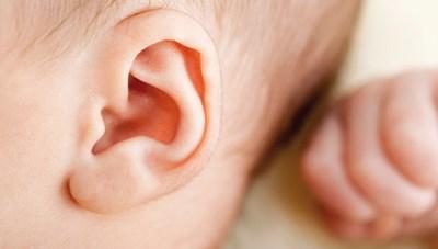 Có nên lấy ráy tai cho trẻ không?