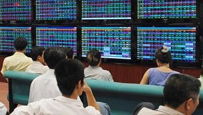 Sôi động thị trường chứng khoán