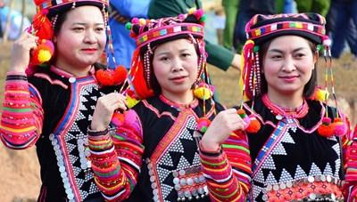 Bảo tồn bản sắc văn hóa dân tộc Hà Nhì