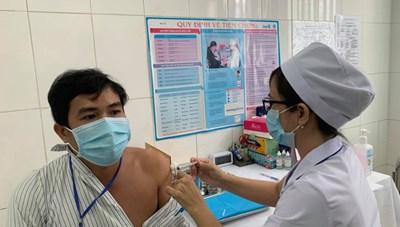 Sáng 16/4: Không ca mắc mới Covid-19, hơn 63.700 người Việt đã tiêm vaccine