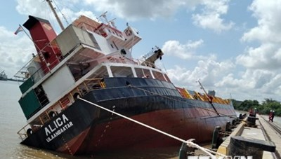 Lật tàu ALICA, nhiều container bị rơi xuống sông Soài Rạp
