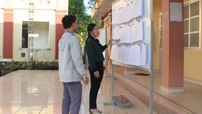 Chuẩn bị bầu cử ở vùng khó