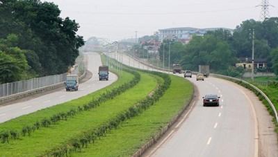 Nhiều dự án giao thông nợ đọng