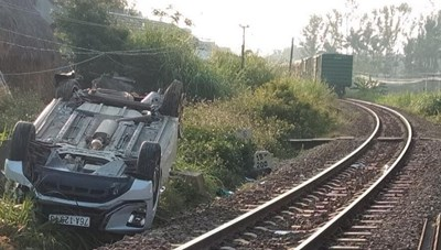 Khởi tố 2 nhân viên đường sắt vụ tàu hỏa tông ô tô làm 3 người thương vong