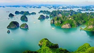 Vịnh Hạ Long lọt vào top 50 kỳ quan thế giới
