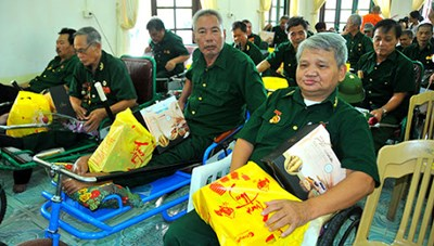 Quà tặng Ngày thương binh liệt sĩ tăng 50%