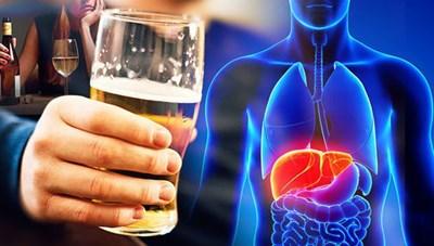 Gan chịu tổn thương thế nào khi bạn uống rượu bia?