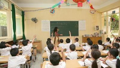 Triển khai chương trình GDPT mới: Sẵn sàng đội ngũ để không trống giáo viên