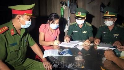 Tuyên truyền phòng, chống dịch cho người dân biên giới